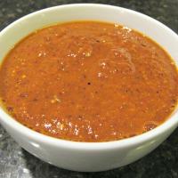 Salsa de Tomatillo y Chile Japonés